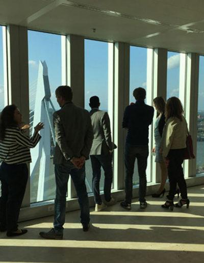 Uitzicht vanaf de 31ste verdieping over Rotterdam centrum.
